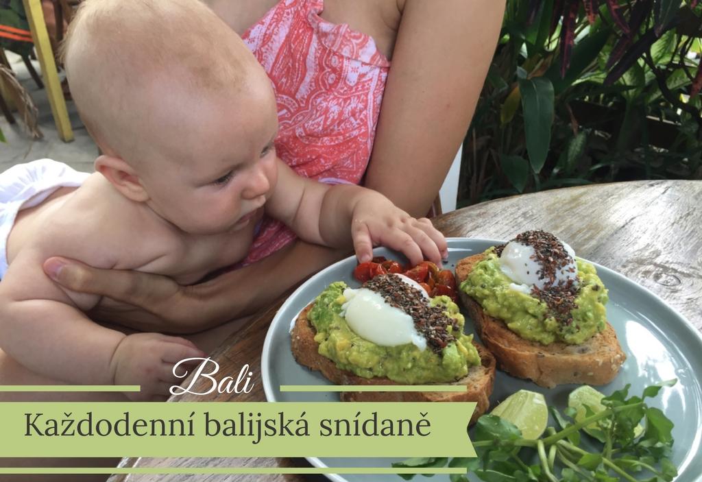 cestovani-s-kojencem-bali-jidlo