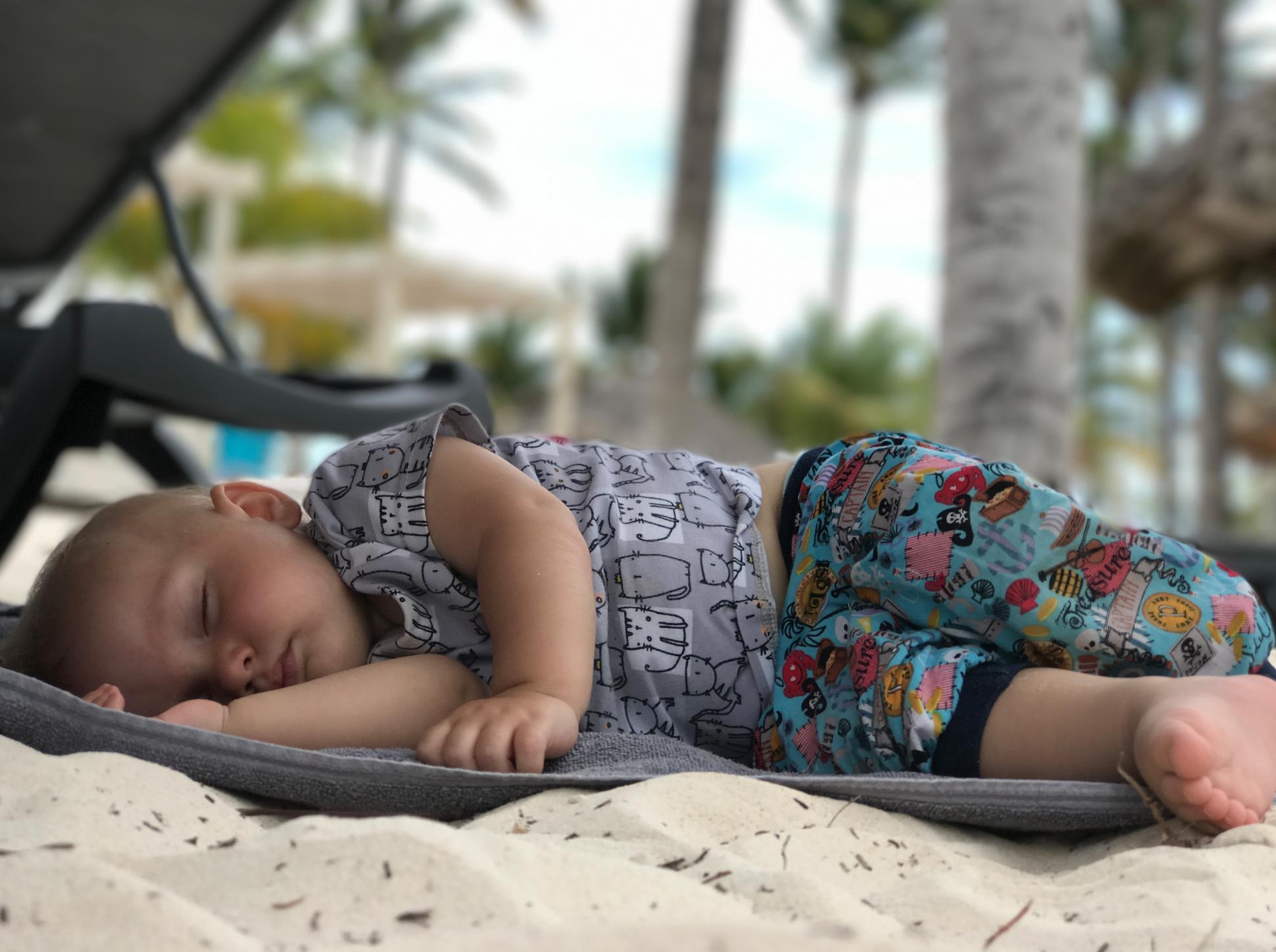 spani-na-plazi